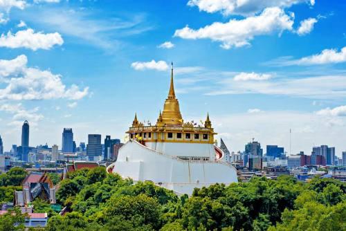 Kết quả hình ảnh cho chùa núi vàng thái lan