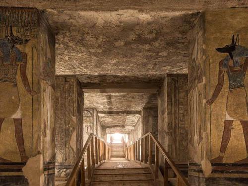 Những bức ảnh hiếm hoi bên trong lăng mộ Pharaoh ở Ai Cập