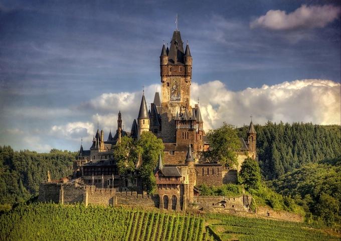 Những lâu đài đẹp nhất thế giới