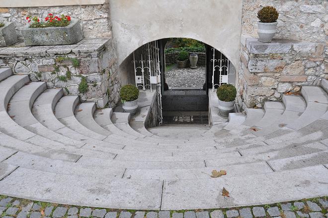 Bled - Tòa lâu đài cổ nhất Slovenia