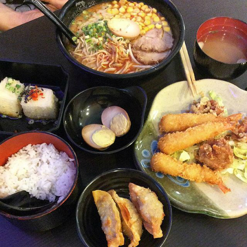 Người Nhật chưa bao giờ sáng tạo ra sushi cá hồi