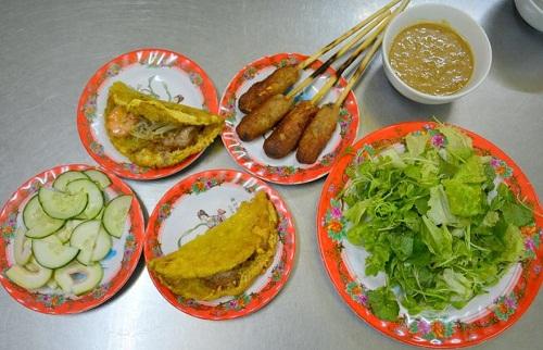 quan-banh-khoai-khong-loi-40-nam-dat-khach-xu-hue