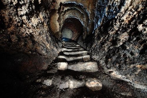 Hầm mộ như mê cung với 1.000 lối vào - ảnh 2
