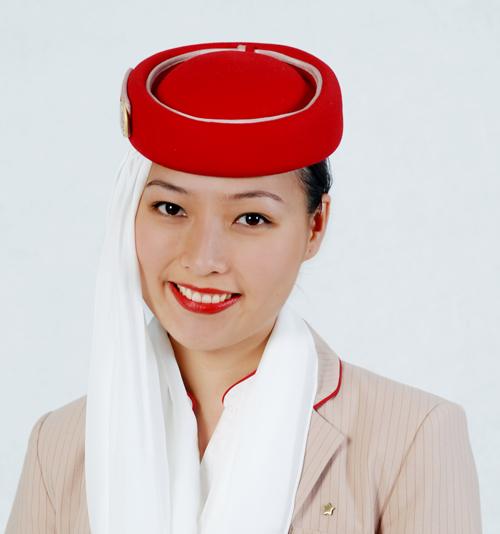 Cô gái Việt khổ luyện thành tiếp viên hãng bay của Dubai - ảnh 1