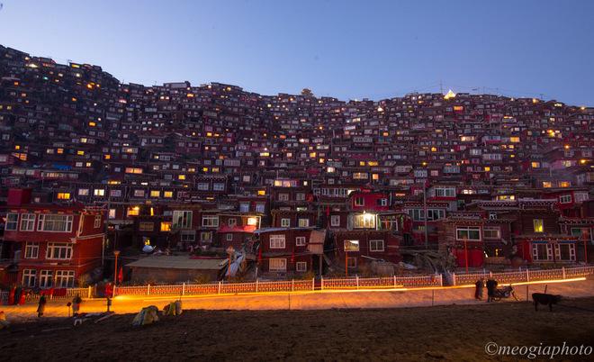 Học viện Phật giáo lớn nhất thế giới sau vụ phá dỡ