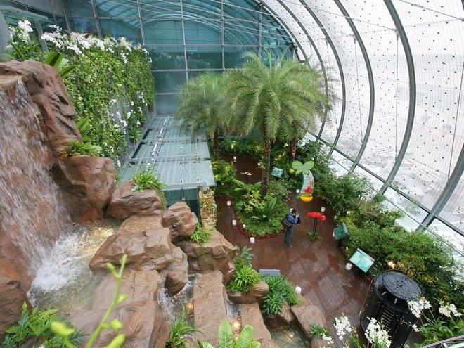 10 sân bay giúp khách quá cảnh thoải mái nhất