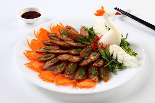 Các món Việt hút khách Tây ở chợ Bến Thành - ảnh 4