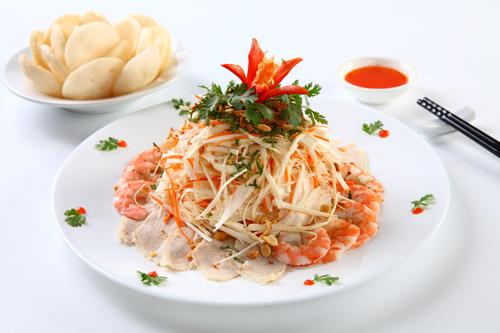 Các món Việt hút khách Tây ở chợ Bến Thành - ảnh 6