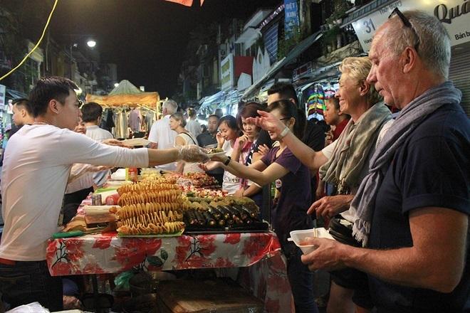 10 popular night markets in Vietnam