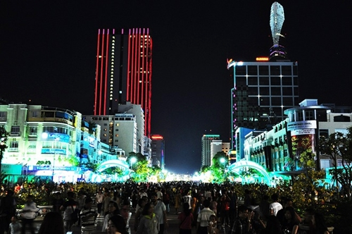 24h-kham-pha-sai-gon-qua-nhung-diem-den-noi-tieng-6