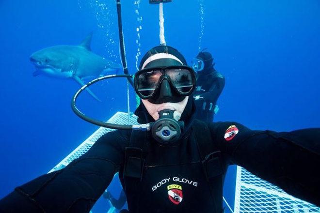 10 bức ảnh selfie ấn tượng nhất năm 2016