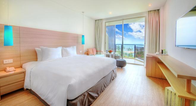 Một ngày trải nghiệm ngôi nhà ven biển Sol Beach House Phú Quốc