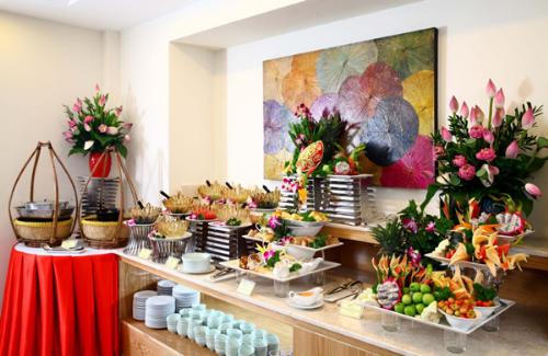Thưởng thức 50 món buffet chay thuần Việt tại Cỏ Nội - ảnh 1