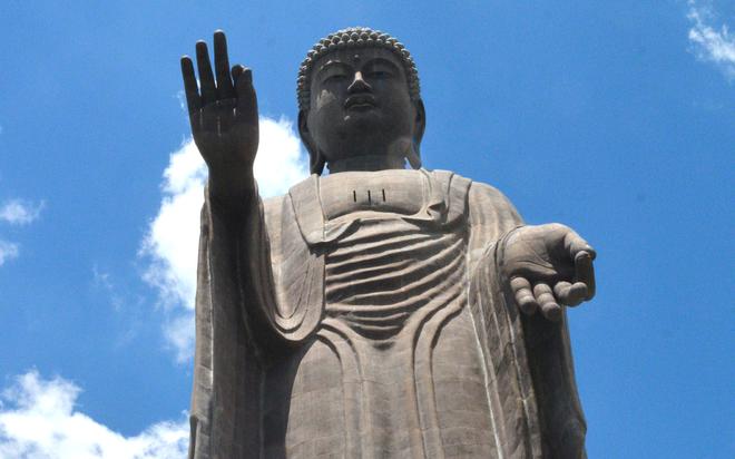 Nghìn tượng Phật trong lòng tượng đồng lớn nhất Nhật Bản