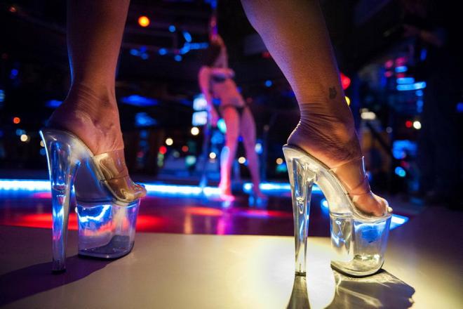 Cuộc sống tại thiên đường du lịch tình dục ở Latvia