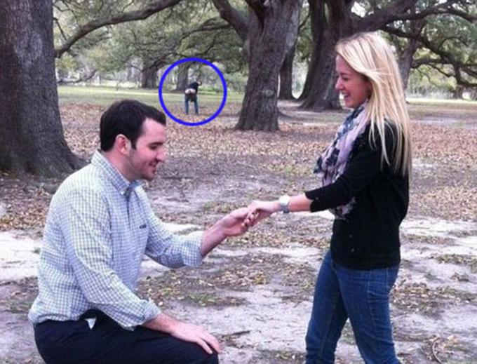 Những bức ảnh lãng mạn lại thành hài kịch của các cặp đôi