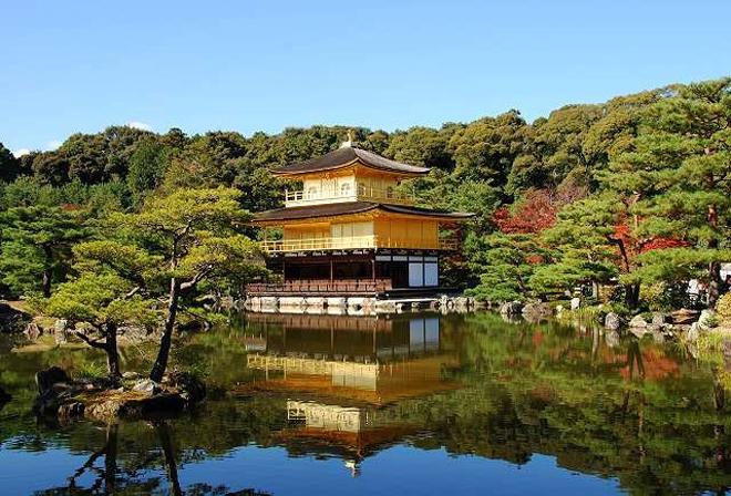 Di tích lịch sử Kyoto, Nhật Bản: Kyoto là kinh đô, trung tâm văn hóa của Nhật Bản từ năm 794 đến thế kỷ 19, phát triển mạnh mẽ nhất là thế kỷ 8 và 17. Thành phố này nổi bật với kiến trúc gỗ truyền thống, những khu vườn xinh xắn, ngôi chùa ấn tượng, cung điện lớn cùng bảo tàng đẹp. Ảnh: UNESCO.