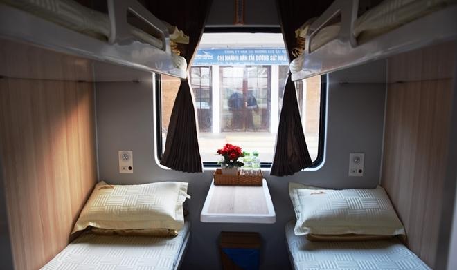 Tàu hỏa '5 sao' phục vụ du khách đi TP HCM - Nha Trang