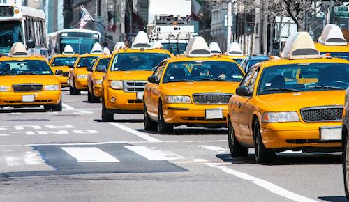 vi-sao-taxi-new-york-thuong-son-mau-vang
