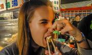 Món đậu phụ thối của người Đài Loan khiến khách Tây nín thở