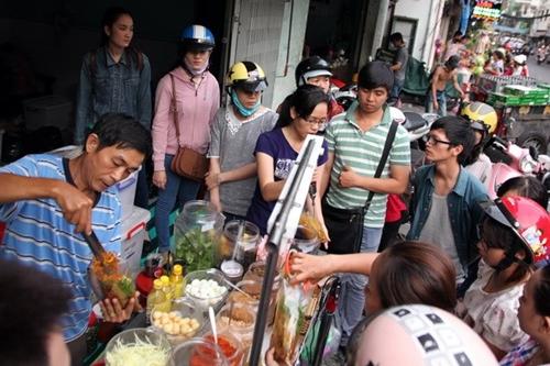 5 quán ăn không dành cho người thiếu kiên nhẫn ở Sài Gòn -  2