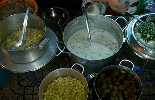 5 quán ăn không dành cho người thiếu kiên nhẫn ở Sài Gòn -  5