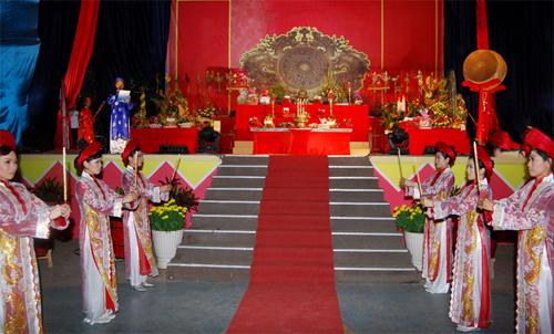 55.000 vé miễn phí cho khách đến Đầm Sen dịp giỗ Tổ