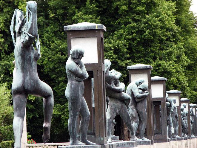 Bên trong công viên tượng khỏa thân lớn nhất thế giới