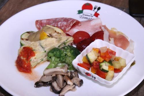 thuong-thuc-pizza-italy-phong-vi-nhat-ban-tai-trattoria-tomato-4