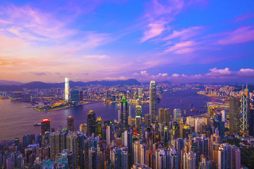 Hong Kong luôn là điểm dừng chân mơ ước của không ít tín đồ du lịch, mua sắm