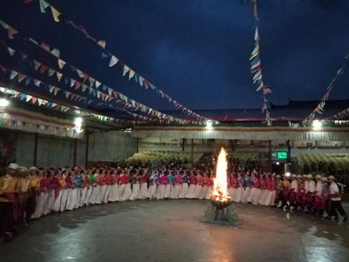 vung-dat-tay-luong-nu-quoc-ngoai-doi-thuc-2