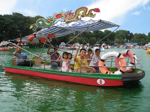 Vui hè tại Đầm Sen, các bạn nhỏ sẽ có nhiều cơ hội học tập  và khám phá những điều mới mẻ, bổ ích.