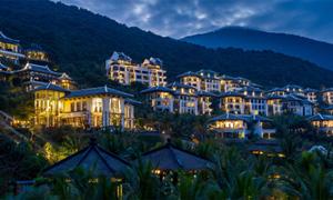 Khu nghỉ dưỡng 5 sao ở Đà Nẵng giành 4 giải thưởng danh giá