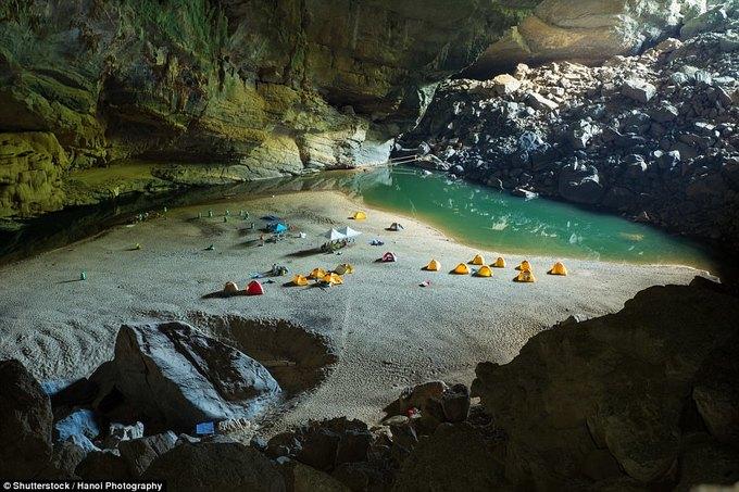 Hang Sơn Đoòng vào top điểm cắm trại ấn tượng nhất thế giới