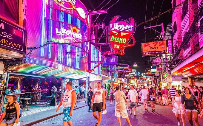 Kết quả hình ảnh cho Pattaya về đêm