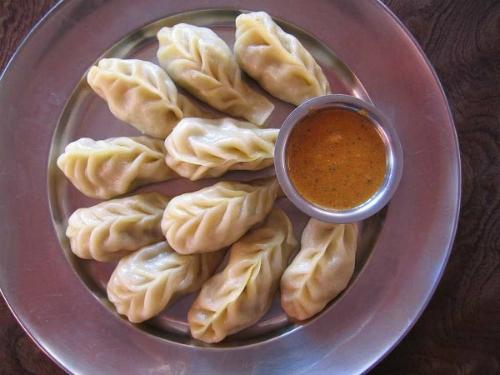 5-mon-an-phai-thu-khi-den-bhutan-1