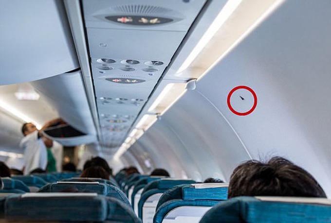 Những thứ tưởng vô dụng trên máy bay có thể cứu mạng bạn