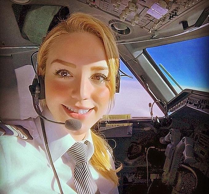 Những bức ảnh selfie 'triệu người like' của phi công trên thế giới