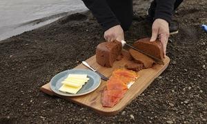 Bánh mì nướng dưới lòng đất ở Iceland