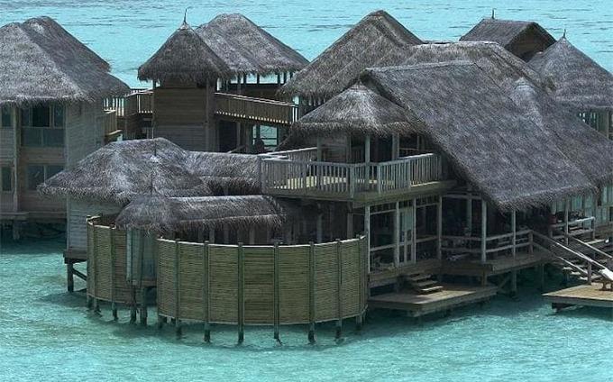 10 khách sạn nổi ấn tượng nhất thế giới