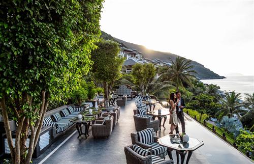 Không ngừng hoàn thiện dịch vụ để mang tới cho du khách những trải nghiệm hoàn hảo, HARNN Heritage Spa đã liên tục giành được những giải thưởng cao quý từ các tổ chức uy tín trên thế giới: Spa mới tốt nhất thế giới năm 2015 do World Spa Awards trao tặng; Spa nghỉ dưỡng tốt nhất châu Á năm 2016&do World Travel Awards trao tặng