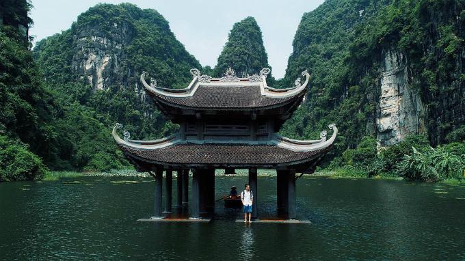 Quang Vinh tận hưởng cuối hè ở Ninh Bình