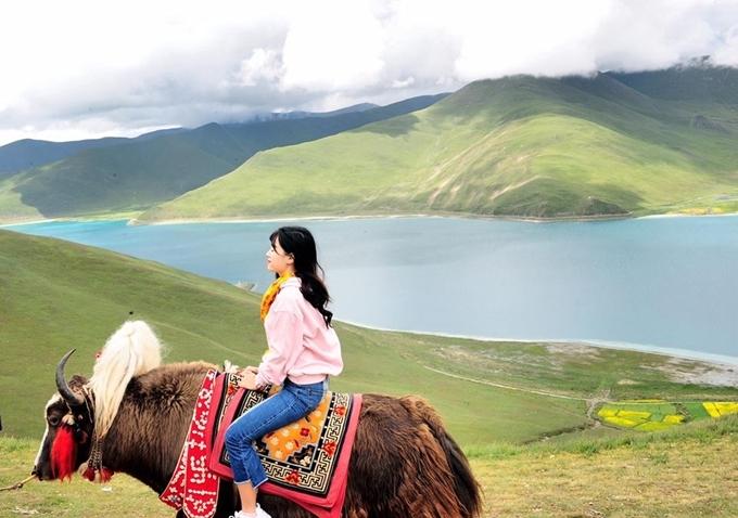 Nữ MC chia sẻ 8 điều cần biết cho chuyến đi Tây Tạng