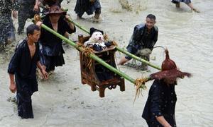 Lễ hội kiệu chó của dân tộc Miao