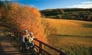 Canada khai trương cung đường đi bộ leo núi dài nhất thế giới