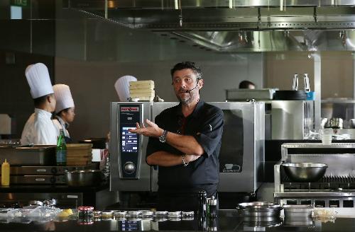 Bruno còn được biết đến là một giám khảo danh tiếng của chương trình Vua Đầu Bếp Châu Á mùa 1, một chương trình truyền hình trực tế nổi tiếng trên kênh Lifetime Asia.