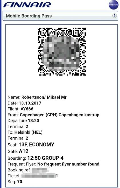 Mikael Robertson chia sẻ ảnh vé máy bay điện tử trên chuyến AY666 của mình, với số ghế 13F.Ảnh:Twitter.