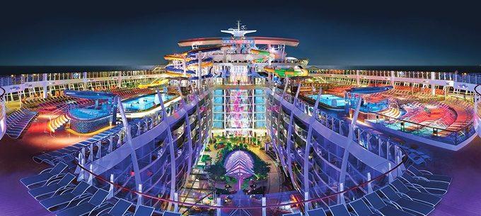 Chốn xa hoa trong siêu du thuyền lớn nhất thế giới