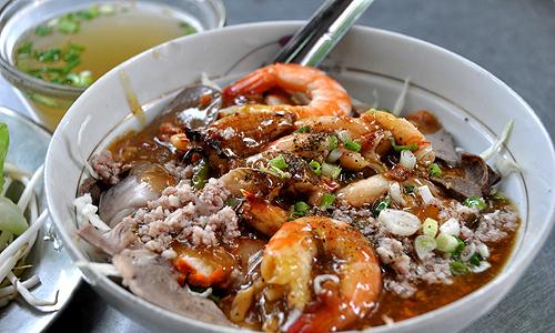 Ba quán hủ tiếu 'ruột' người Sài Gòn không thể bỏ qua