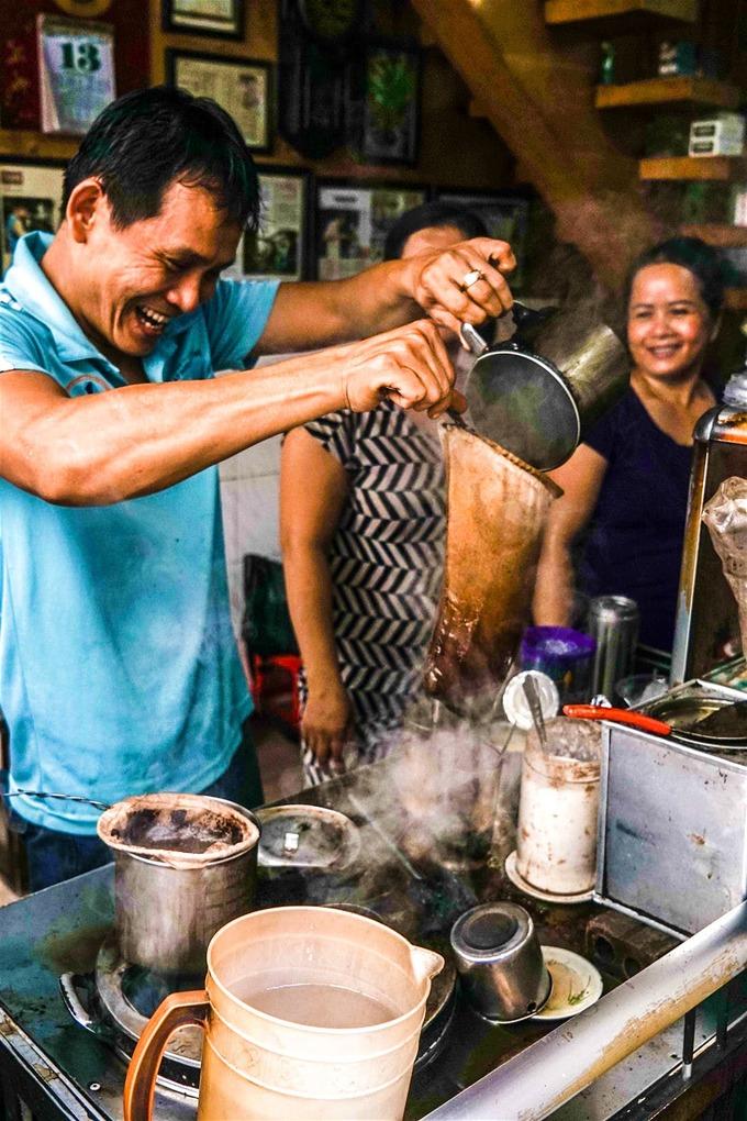 7 quán cà phê khách Tây mách nhau phải ghé ở Sài Gòn